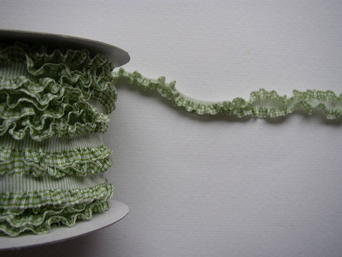 Bazzill Ribbon - green ruffled